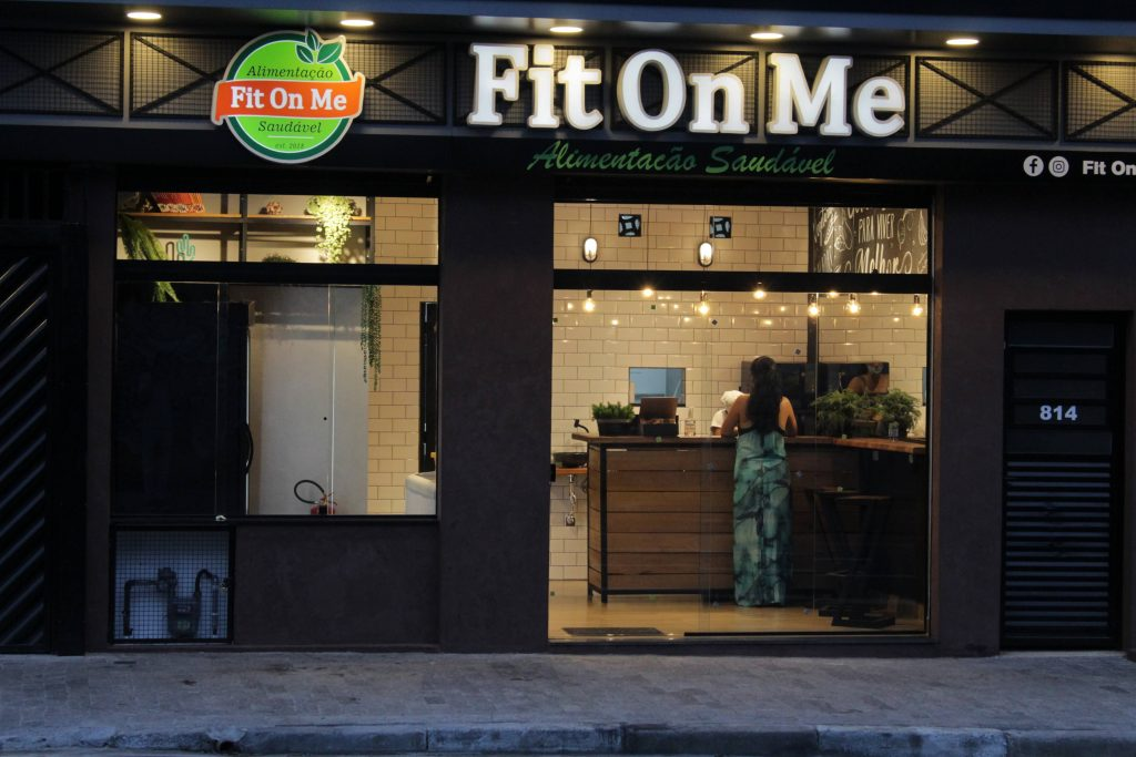 Fit on me fachada